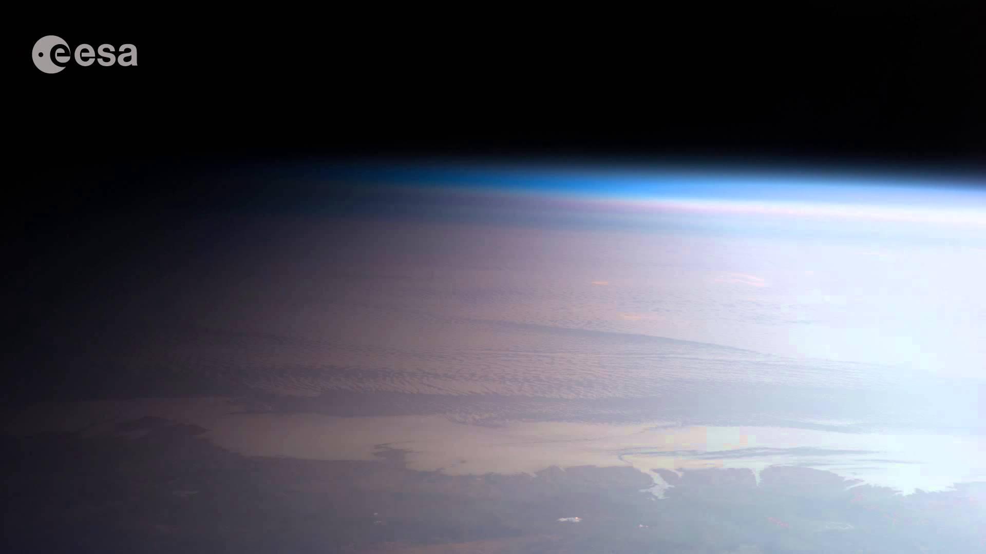 Mit der ISS einmal um die Welt [HD-Video]…