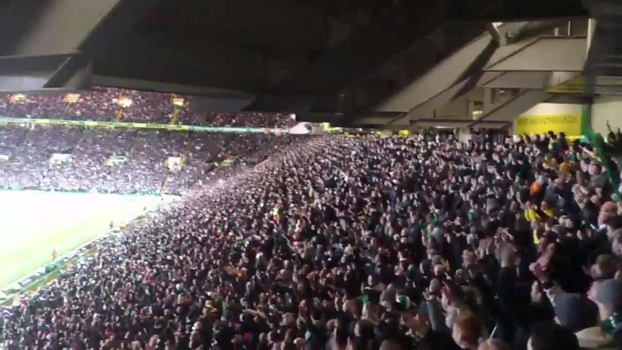 """Celtic-Fans singen """"Just can't get enough""""! Gänsehaut-Atmosphäre! [Video]"""