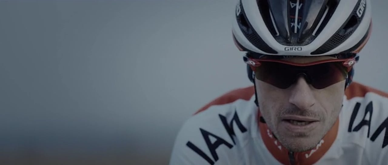 Quaremont, The Colour of Spring – Dries Devenyns [Video, Cycling]…